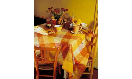 GARNIER-THIEBAUT presents Two-Ply 100% Cotton Round Tablecloth 71-inch, SOLIEL
