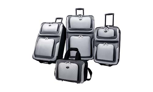 U.S Traveler New Yorker Lightweight 4-Piece Suitcases Sets