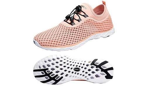Top 10 Best Water Shoes For Women in 2019